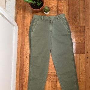 GAP HIGH RISE GIRLFRIEND CHINOS GREEN